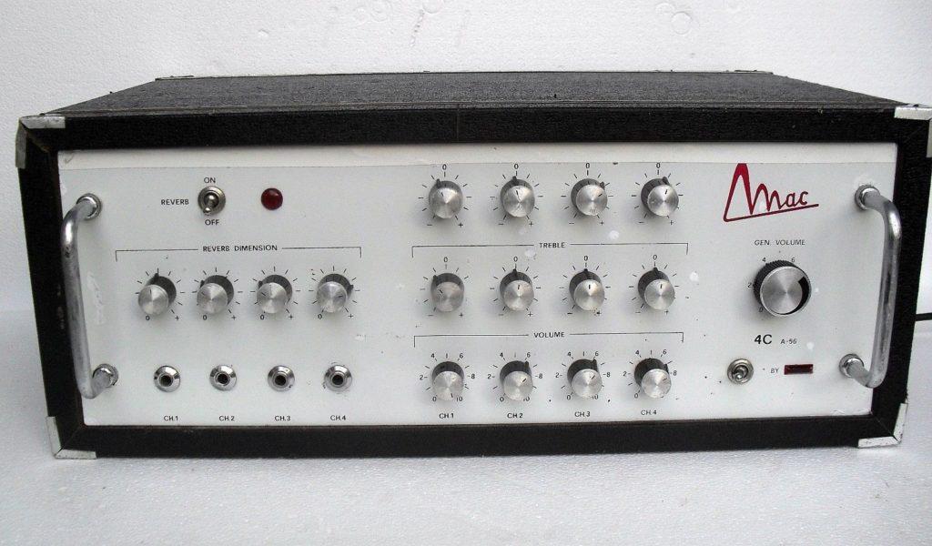 """Vintage Italian """"Mac"""" tube amp restoration"""