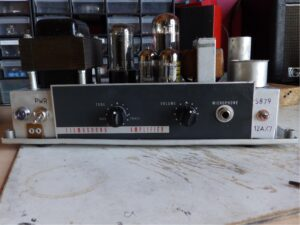 Bell & Howell Filmosound 385 conversion to guitar amp.